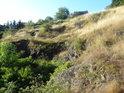 Zrádné skalní propadliny na Medlánecké skalce.