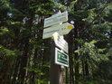 Turistický rozcestník Trčkov, národní přírodní rezervace.