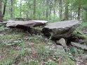 Hadcové kameny jako by byly naaranžovány.