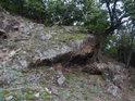 Malý skalní převis v Kůlnách.