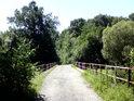 Most přes řeku Moravu v Litovelských luzích.