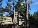 Nahoře na skalách je člověk takový volný a borovice mají takový těžký život.