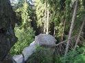 Na strmých skálách Vysočiny.