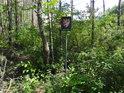 Úřední cedule v severní části chráněného území.