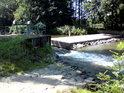 Jez na řece Moravě uprostřed národní přírodní rezervace Ramena řeky Moravy.