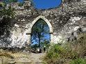 Třetí brána k hradu Bezděz.