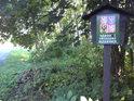 Příjezd do národní přírodní rezervaci Zástudánčí od obce Troubky nad Bečvou tiše stráží úřední cedule.